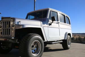 1962-Willys-Wagon-Jeep